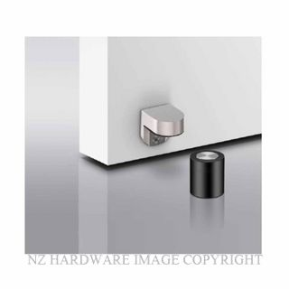 JNF IN13.186 MAGNETIC DOOR HOLDER SATIN STAINLESS