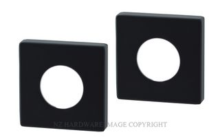 MNSCOVERBLK SQUARE ROSETTE PASSAGE&DUMMY (PAIR) MATT BLACK