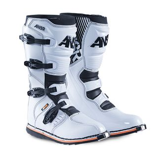 Answer A18 AR-1 Boot White