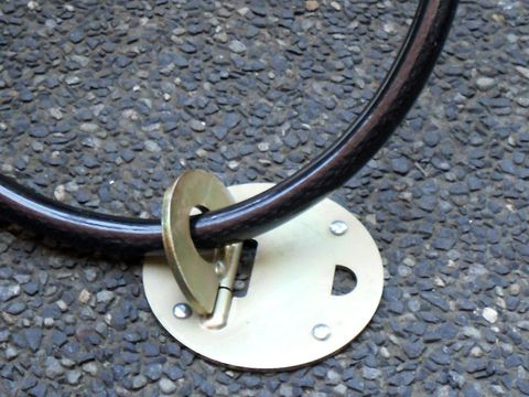 'Xtra-Lok' GROUND ANCHOR - for CHAINS and CABLES