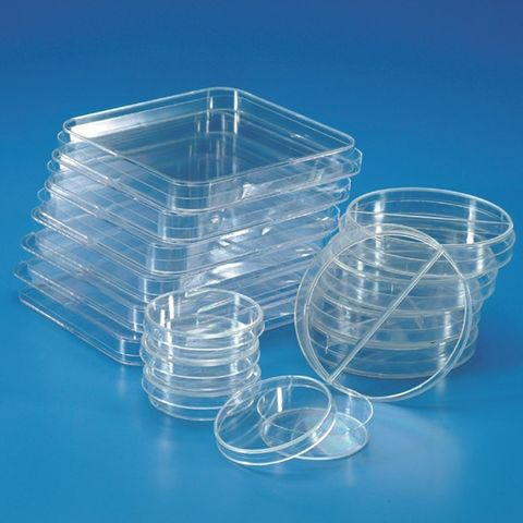 DISPOSABLE PETRI DISH - WITH TRIPLE VENTS *STERILE* - PKT of #### (PS)