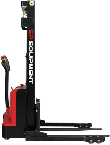 ES10-22DM-3300 - SME 1.0t electric walkie stacker with straddle outriggers and 3.3m lift