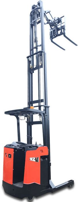 CQD12SSD-4800 - Pro 1.2t standing reach truck with double pantograph, sideshift & triplex 4.8m lift