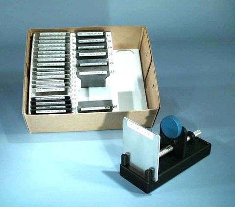 Absorber & radio active source rack