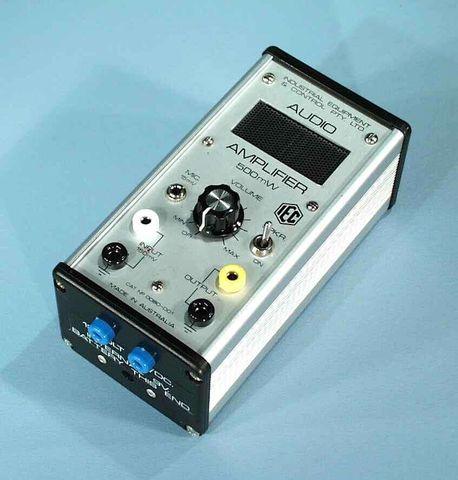 Amplifier audio small 12V AC/DC/int.bat