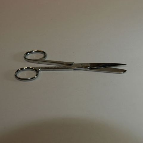 Scissors surgical sharp/blunt 200mm