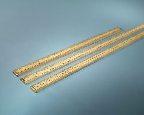 Ruler wooden 1mt long horizontal scale