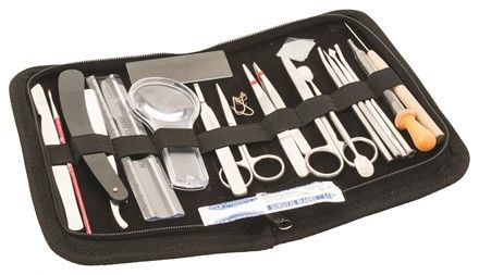 Dissecting instruments in wallet 20 piec