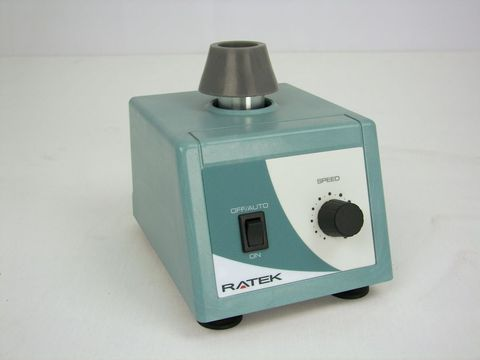 Vortex mixer with silicon rubber cup