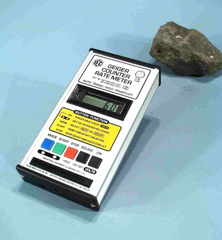 Geiger counter built-in GM tube portable