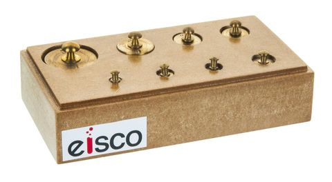 Mass set brass in wooden box 100g