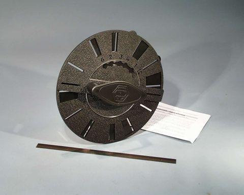 Stroboscope hand whirling w/adj. slits