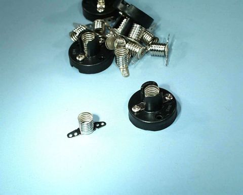 Lamp socket p/p base MES screw terminals