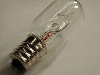 LAMP 15W 240V MES E17