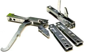 4 PC MALE AND FEMALE HINGE R+L 691330361