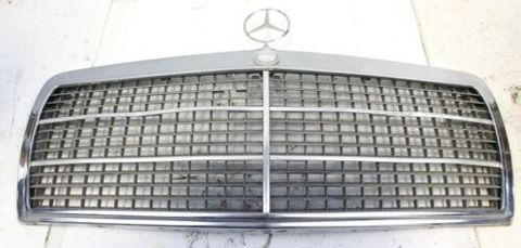 GRILLE ASSEMBLY W201 USED