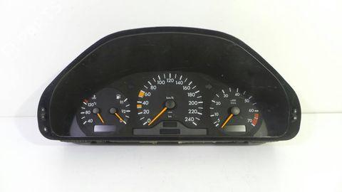 INSTRUMENT CLUSTER C200 USED -96