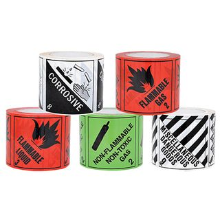 DG Tape Label Corrosive 8 100x100 • 500/Roll