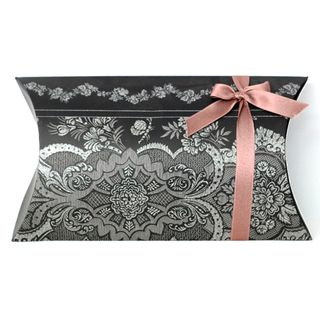 PILLOW LACE COUTURE LARGE BLACK 27.5(L)x16.5(W)x5.5(H)cm MIN BUY 5