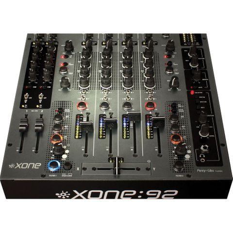 Allen & Heath XONE92 Club + DJ Mixer