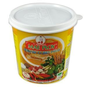 Curry Paste Yellow Maeploy 400G