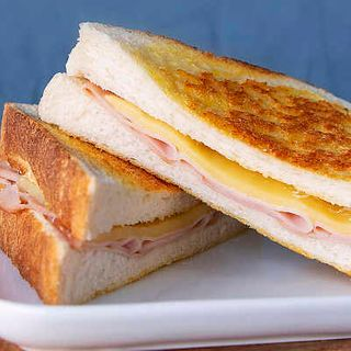 Toastie Ham & Cheese 12 X 190G
