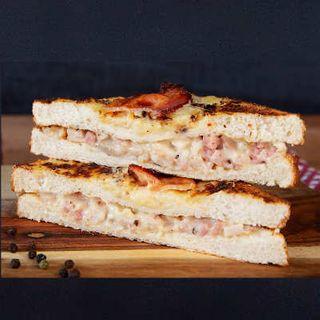 Everyday Cafe Toastie Chicken & Bacon Croque 12X230G