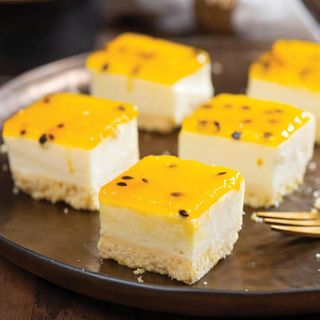 Cheesecake Passionfruit Tray 3.030Kg