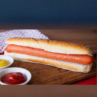 Bread Rolls Long With Frankfurt Hot Dog 12 X 185G
