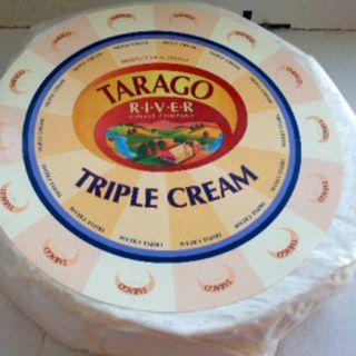 R/W  BRIE TRIPLE CREAM TARAGO 1.8KG x 5