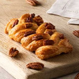 MAPLE PECAN PLAIT 48X100G BAKEHOUSE