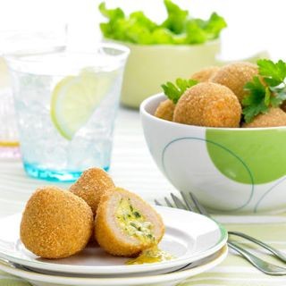 CHICKEN BALLS GARLIC 1KG