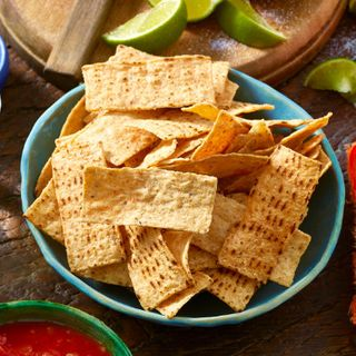 WHITE STRIPS CORN CHIPS 6X500GM MISSION