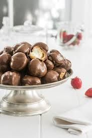 Profiterole Choc Dip 15Gx111  Country Chef