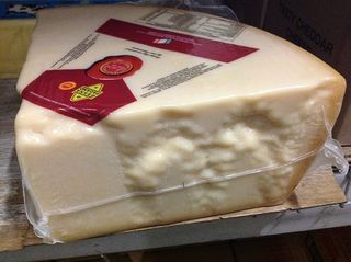 Cheese Grana Padano Wedges App 4 Kg R/W