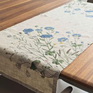 FLORENCE BY LR TABLE RUNNER - FLAX
