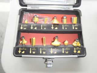 12 Pc Router Set in Metal Case