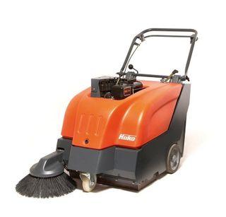 Sweepmaster P650 Petrol Sweeper