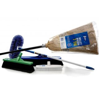 Brooms/Brushware