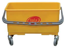 GALA 26L YELLOW WINDOW CLEANING BUCKET WITH WHEELS - EACH