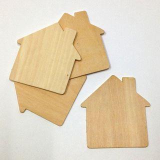 Plywood Shape House 95x100x2 Pkt 4