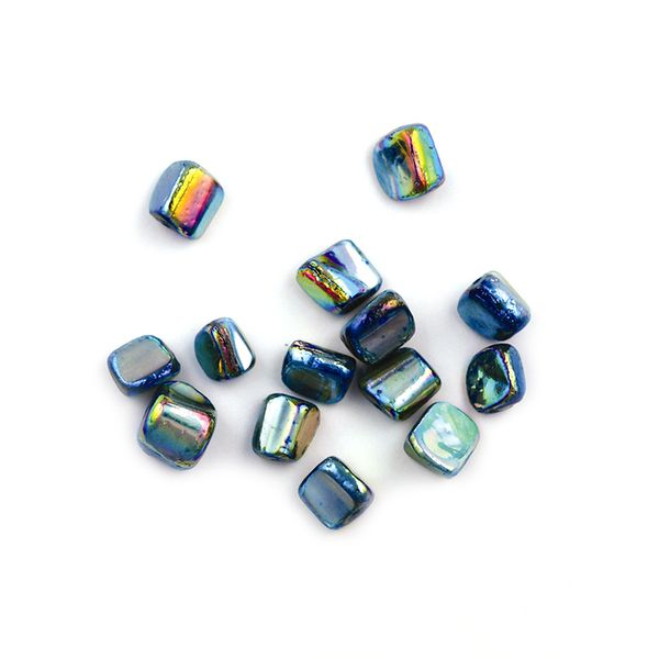 Bead Shell Lustre Cubes 8mm Turquoise AB