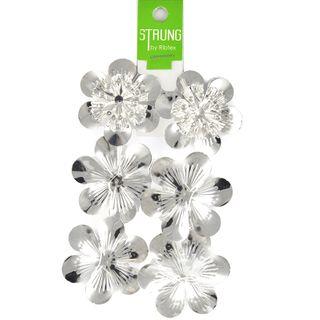 Strung Pressed Metal Round Flower Silver