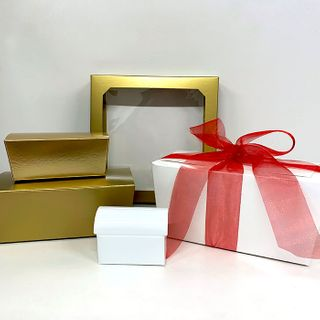 Empty Gift Box - Medium Gold