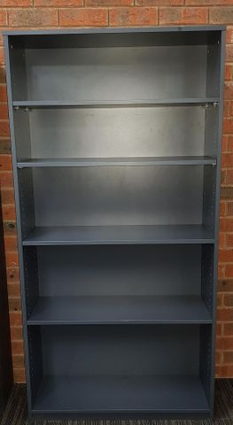 Bookcase Solid Back H1800*900*D320 4Sh 18 L1