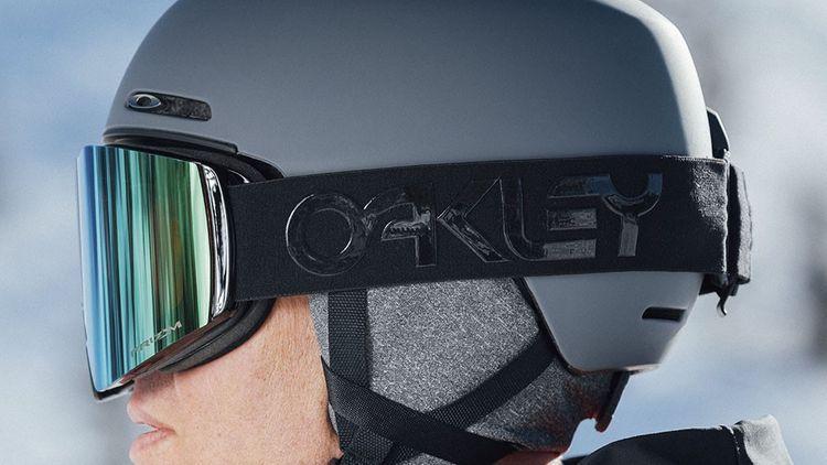 Shop Snow Helmets | Wayne Ritchie's