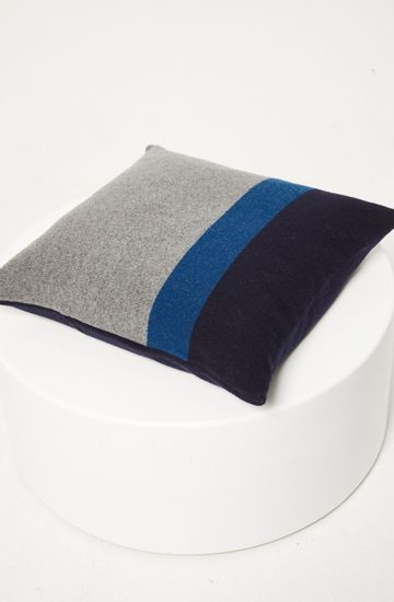 HORIZON WOOL CUSHION