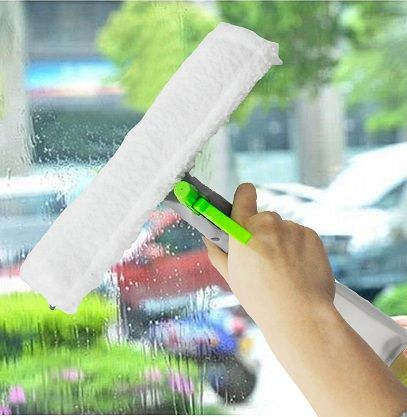 THE AMAZING 3 IN 1 SPRAY SQUEEGEE