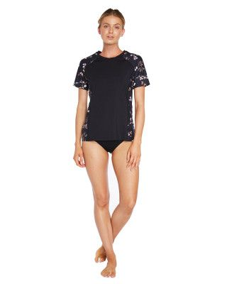 O'Neill Coast Short Sleeve Loose Fit Uvt - Black Floral