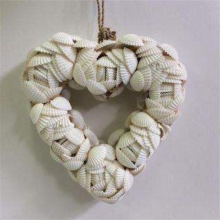 Shelly Heart Small 12cm x 12cm